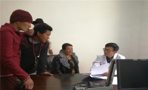 张林老师赴得荣县人民医院精准帮扶工作纪实图片