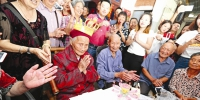 成都百岁以上老人达1005人 7成是女性 简阳最多 - 四川日报网