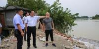 谭小平检查指导人民渠一处防汛减灾工作 - 水利厅